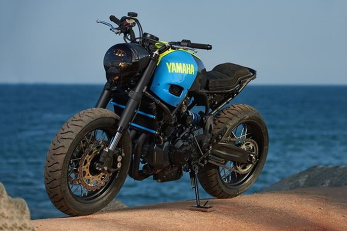 Yamaha XSR700 por Ad Hoc Cafe Racers