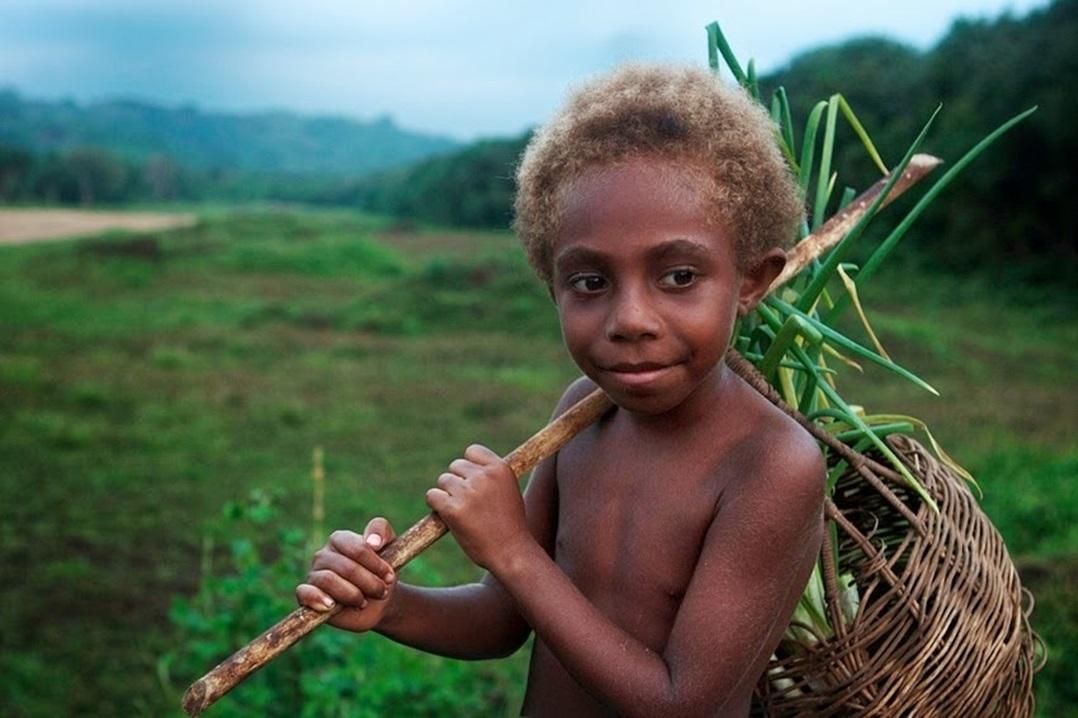 mitchell-kanashkevich-Vanuatu1